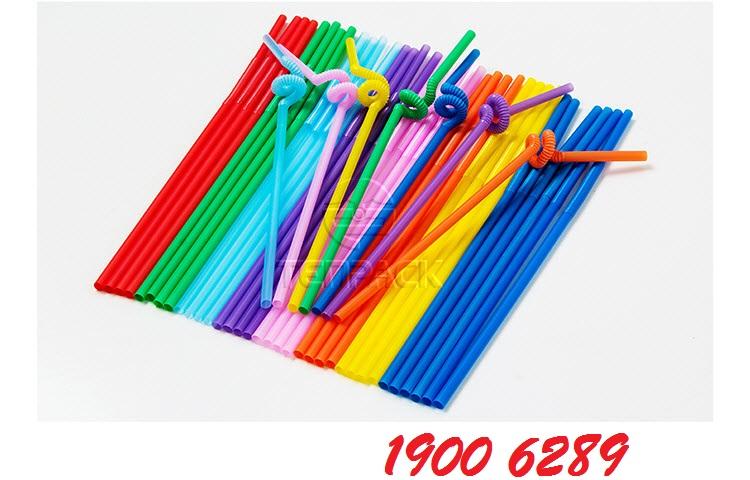 3 tác hại của ống hút bằng nhựa