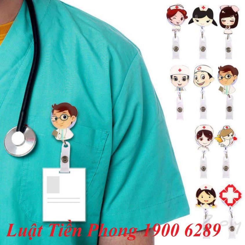 Bác sỹ không đeo biển tên có thể bị phạt!